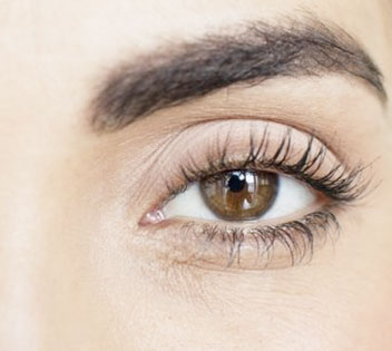 EYELASHES RESTORATION
